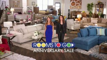 Rooms to Go Anniversary Sale TV Spot, 'Two Great Collections' - Thumbnail 1