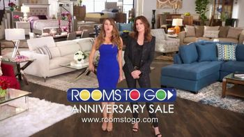 Rooms to Go Anniversary Sale TV Spot, 'Two Great Collections' - Thumbnail 9