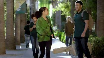 eBay Fashion TV Spot, 'Freeform: Stand Out' Featuring Yara Shahidi - Thumbnail 4