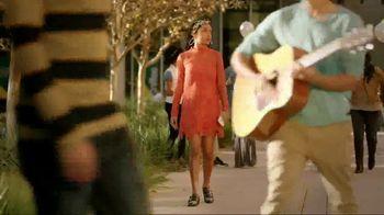eBay Fashion TV Spot, 'Freeform: Stand Out' Featuring Yara Shahidi - Thumbnail 5