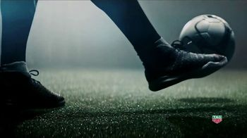 TAG Heuer TV Spot, 'Don't Crack Under Pressure' Featuring Tom Brady - Thumbnail 7
