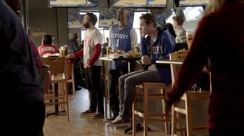 Buffalo Wild Wings TV Spot, 'Phone Home' - Thumbnail 4