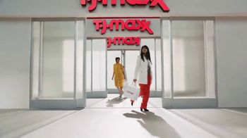 TJ Maxx TV Spot, 'Ahorros para cada tú' [Spanish] - Thumbnail 9