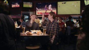 Buffalo Wild Wings TV Spot, 'Stranger' - Thumbnail 3