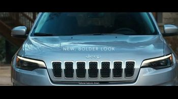2019 Jeep Cherokee TV Spot, 'World Comes With It' [T1] - Thumbnail 3