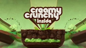 Hershey's Cookie Layer Crunch TV Spot, 'Classic Reimagined' - Thumbnail 5