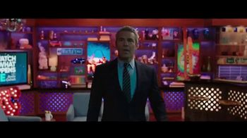 AutoTrader.com TV Spot, 'Andy & Daryn' Featuring Andy Cohen, Daryn Carp - Thumbnail 1