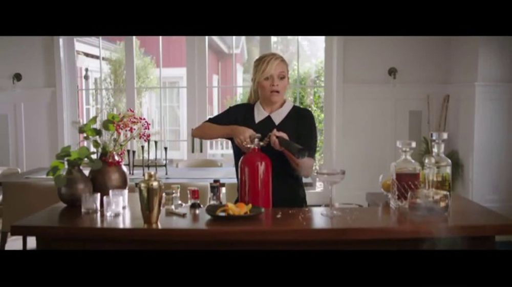 Crate and Barrel TV Commercial, 'Perfect Party' Featuring Reese Witherspoon