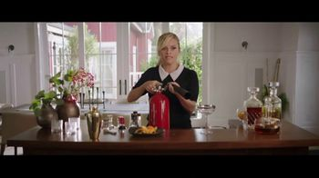 Crate and Barrel TV Spot, 'Perfect Party' Featuring Reese Witherspoon - Thumbnail 10