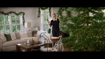 Crate and Barrel TV Spot, 'Perfect Party' Featuring Reese Witherspoon - Thumbnail 4