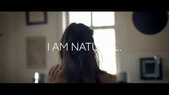 Burt's Bees All-Natural Lipstick TV Spot, 'Not Synthetic' - Thumbnail 2