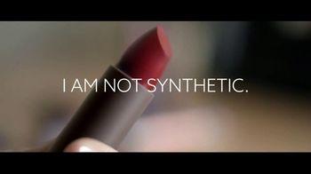 Burt's Bees All-Natural Lipstick TV Spot, 'Not Synthetic' - Thumbnail 4