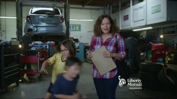 Liberty Mutual Mobile Estimate TV Spot, 'Quick and Easy' - Thumbnail 3