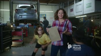 Liberty Mutual Mobile Estimate TV Spot, 'Quick and Easy' - Thumbnail 6