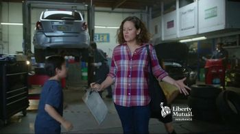 Liberty Mutual Mobile Estimate TV Spot, 'Quick and Easy' - Thumbnail 7
