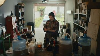 Samuel Adams TV Spot, 'Fill Your Glass' - Thumbnail 3
