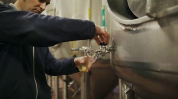 Samuel Adams TV Spot, 'Fill Your Glass' - Thumbnail 7