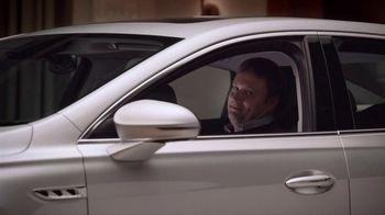 2017 Buick Lacrosse Premium TV Spot, 'Fireside Chat' [T1] - Thumbnail 4