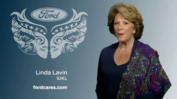 Ford Warriors in Pink TV Spot, 'No Boundaries' Featuring Linda Lavin