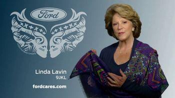 Ford Warriors in Pink TV Spot, 'No Boundaries' Featuring Linda Lavin - Thumbnail 4