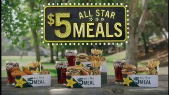 Carl's Jr. $5 All Star Meals TV Spot, 'Tacos al azar' [Spanish] - Thumbnail 6