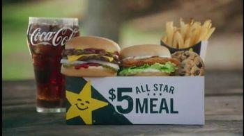 Carl's Jr. $5 All Star Meals TV Spot, 'Tacos al azar' [Spanish] - Thumbnail 4