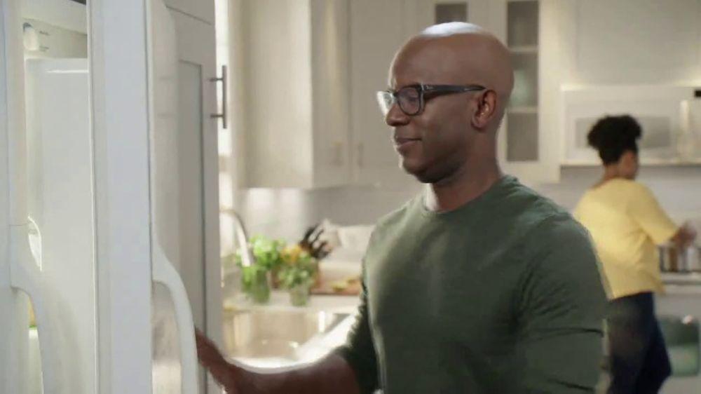 Lowe's Black Friday Deals TV Commercial, 'The Moment: Not Enough Fridge'