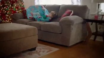 Big Lots TV Spot, 'Share the Joy Inside and Out' Song by Three Dog Night - Thumbnail 7