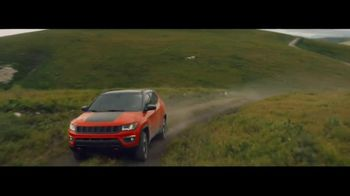 Jeep Celebration Event TV Spot, 'Traffic Jam' [T1] - Thumbnail 6