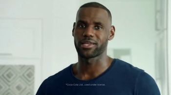 Sprite TV Spot, 'LeBron James Eats Tacos With His Friends' - Thumbnail 4