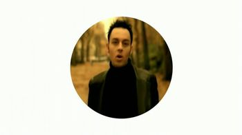 Google Home Mini TV Spot, 'Gets You' Song by Savage Garden - Thumbnail 6