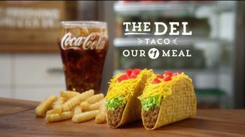 Del Taco TV Spot, 'You Never Have to Choose' - Thumbnail 6