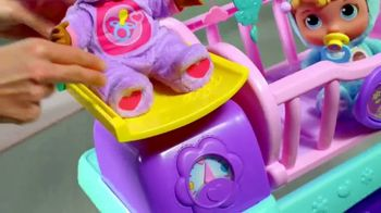 Doc McStuffins Baby All-in-One Nursery TV Spot, 'Toy Baby Checkup' - Thumbnail 6