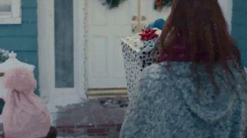 Walmart TV Spot, 'Lo mejor de la Navidad' canción de Paty Cantú [Spanish] - Thumbnail 1