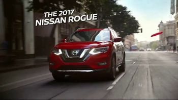 2017 Nissan Rogue Sport TV Spot, 'New Tricks' Song by Journey - Thumbnail 3