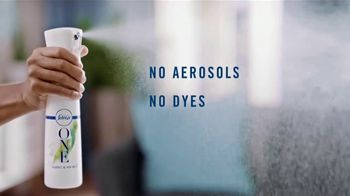 Febreze ONE Fabric & Air Mist TV Spot, 'Spray & Stay' - Thumbnail 7