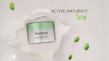 Aveeno Positively Radiant Overnight Facial TV Spot, 'While You Sleep' - Thumbnail 6