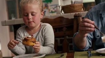 Pillsbury Cinnamon Rolls TV Spot, 'Blessings'