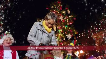 Hallmark Channel Countdown to Christmas Sweepstakes TV Spot, 'Win a Trip' - Thumbnail 3