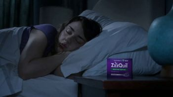 Vicks ZzzQuil LiquiCaps TV Spot, 'Fall Asleep Fast' - Thumbnail 5
