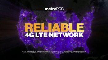 MetroPCS Unlimited 4G LTE TV Spot, 'Fan: Best Deal in Wireless' - Thumbnail 8
