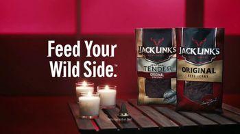 Jack Link's Extra Tender TV Spot, 'The Edge: Massage' Feat. Clay Matthews - Thumbnail 10