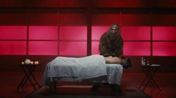 Jack Link's Extra Tender TV Spot, 'The Edge: Massage' Feat. Clay Matthews - Thumbnail 4