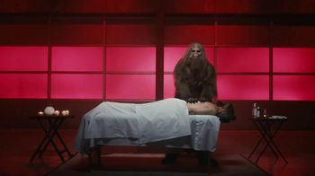 Jack Link's Extra Tender TV Spot, 'The Edge: Massage' Feat. Clay Matthews