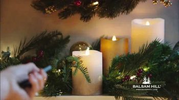 Balsam Hill TV Spot, 'Home for the Holidays' - Thumbnail 6