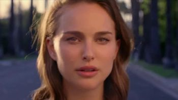 Miss Dior TV Spot, 'For Love' Featuring Natalie Portman, Song by Sia - Thumbnail 9