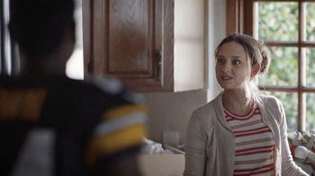 Campbell's Chunky Maxx Soup TV Spot, 'Moving In With Antonio Brown' - Thumbnail 8