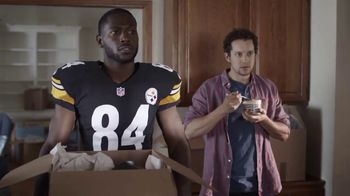 Campbell's Chunky Maxx Soup TV Spot, 'Moving In With Antonio Brown' - Thumbnail 9