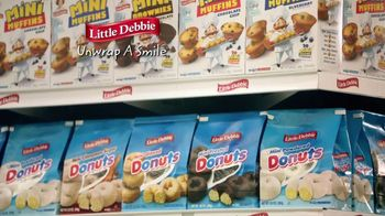 Little Debbie Mini Donuts TV Spot, 'Next Aisle' - Thumbnail 8