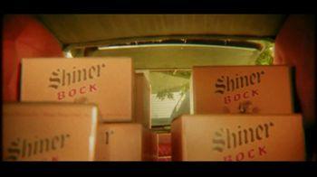 Shiner Bock TV Spot, 'Hearse' - Thumbnail 6